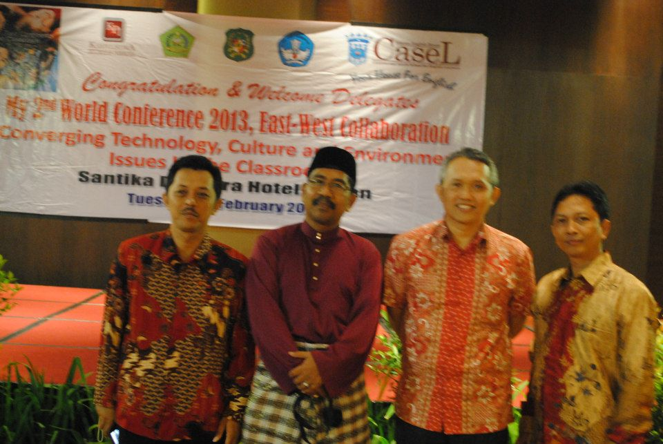 Mr. Irfan Rifai with delegates from Indonesia  and Malaysia