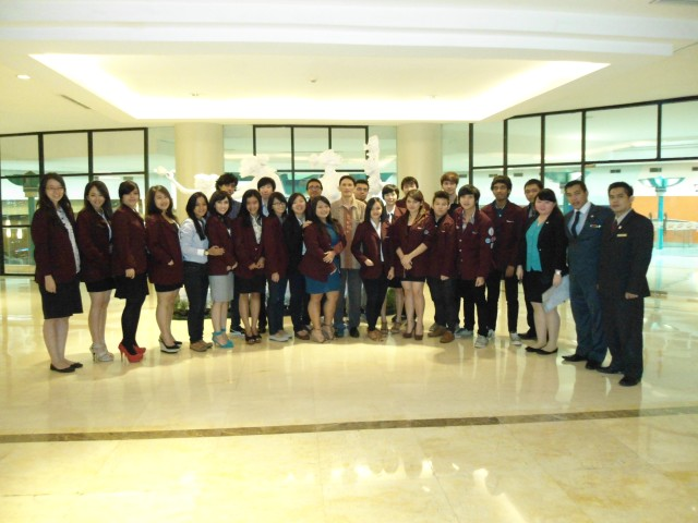 Mr. Kristianto , The F & B Manager and 06 PCG team pose to impress